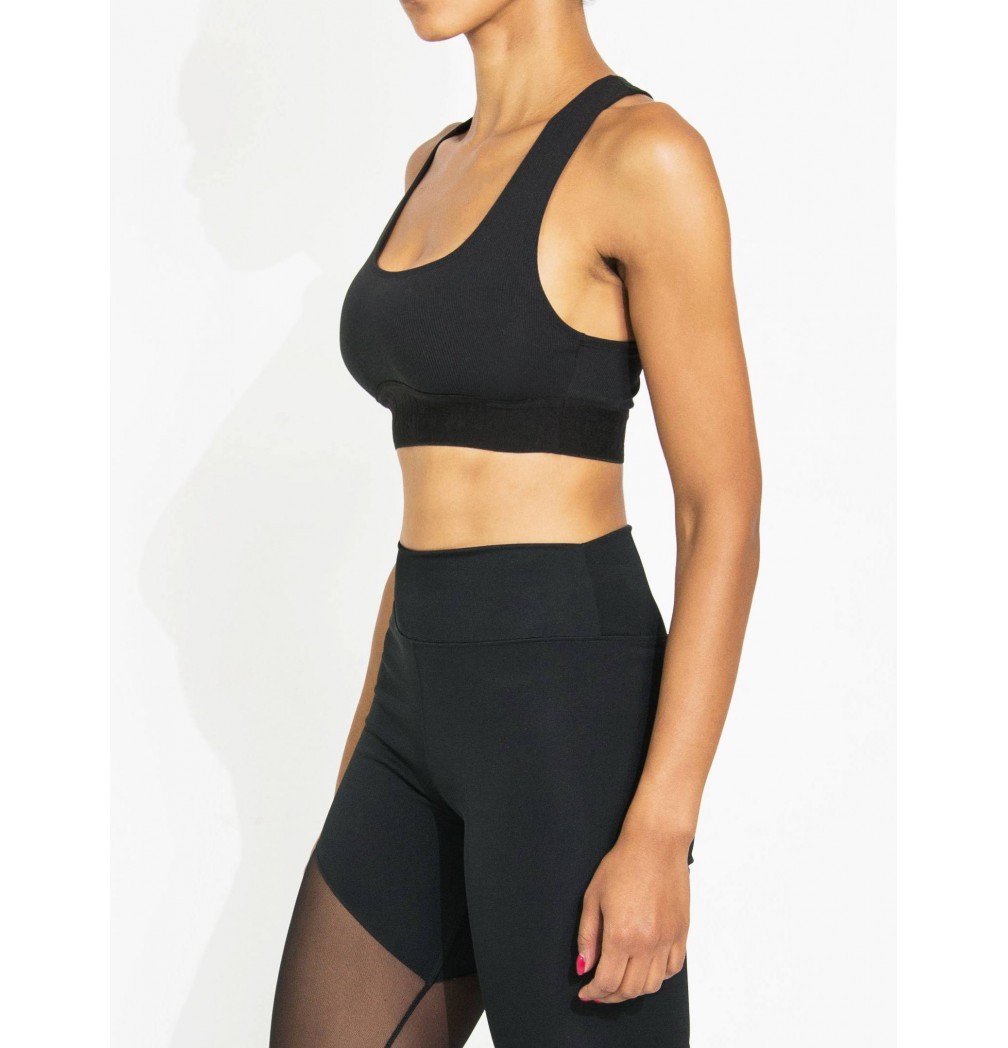 workout top with embosed logo on rubber